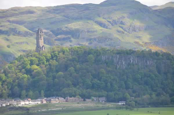 flick wallace monument2