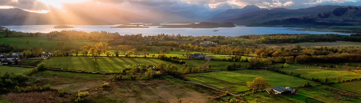 Loch Lomond, Trossachs & Stirling Castle Day Tour from Glasgow
