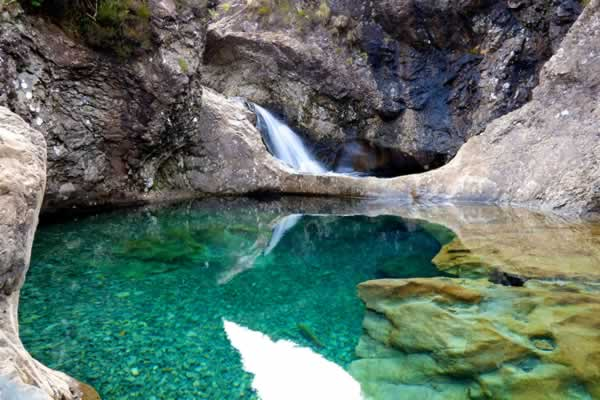 flick fairy pools skye1